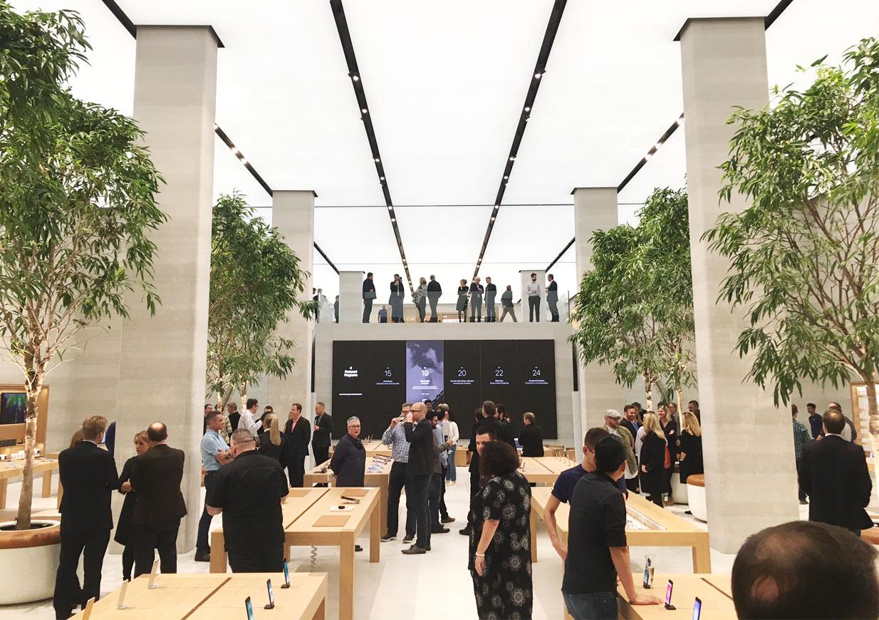 Apple_RegentSt2016_Large01
